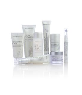 Bộ Sản Phẩm Chống Lão Hoá Da - Essential Skin Care Kit